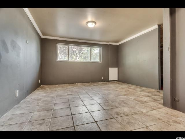 Additional photo for property listing at 3230 S 4060 W 3230 S 4060 W West Valley City, Utah 84120 États-Unis