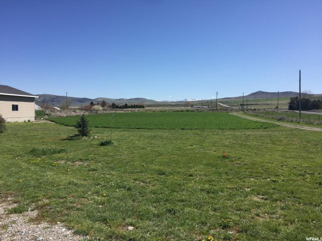 Additional photo for property listing at 3470 W HIGHWAY 30 3470 W HIGHWAY 30 Collinston, Utah 84306 Estados Unidos