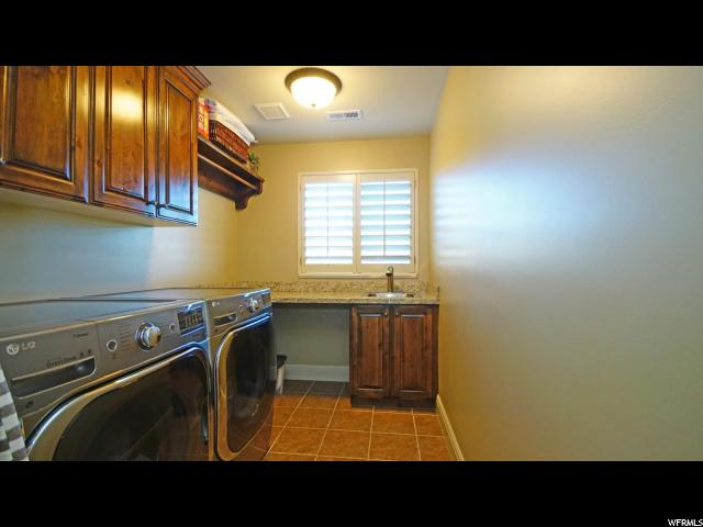 Additional photo for property listing at 1704 E SOMERLIN Drive 1704 E SOMERLIN Drive Draper, Utah 84020 United States