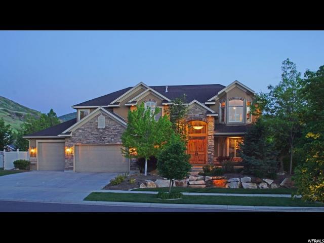 Single Family للـ Sale في 1704 E SOMERLIN Drive 1704 E SOMERLIN Drive Draper, Utah 84020 United States