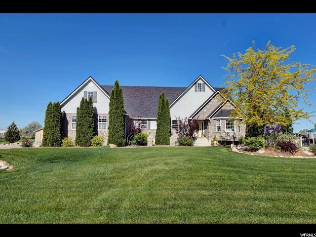 单亲家庭 为 销售 在 3753 N 2800 W Farr West, 犹他州 84404 美国