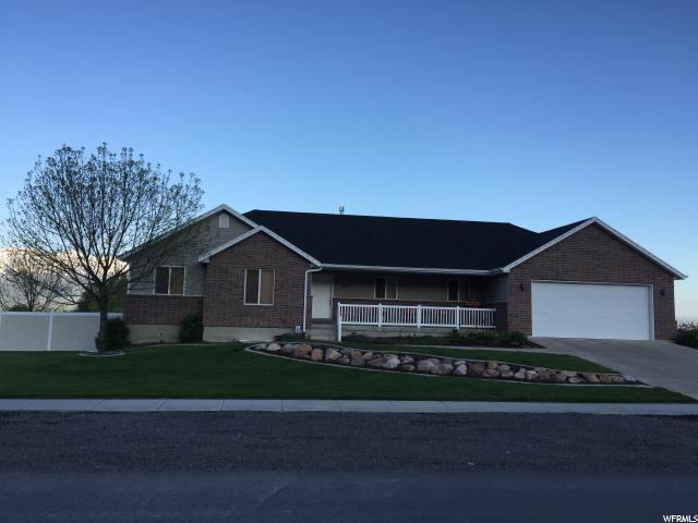 单亲家庭 为 销售 在 485 N 200 E Millville, 犹他州 84326 美国