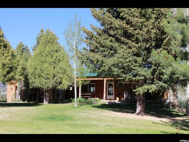 Single Family للـ Sale في 348 N JAKE PLACE Road Fremont, Utah 84747 United States