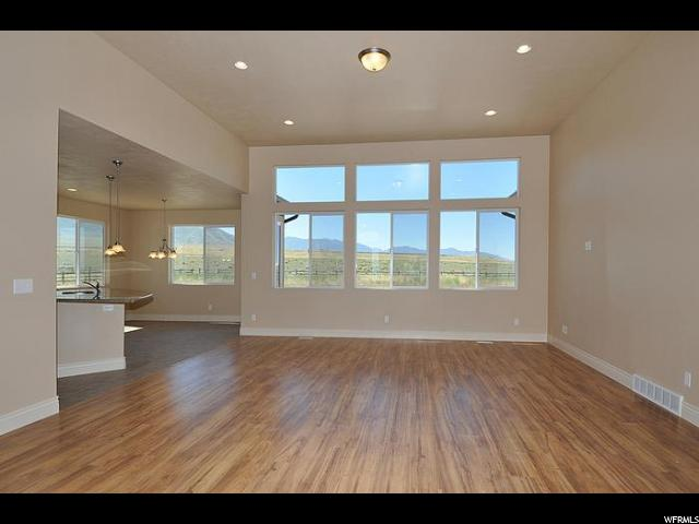 6539 W SUNRISE ACRES CIR West Valley City, UT 84128 - MLS #: 1451096