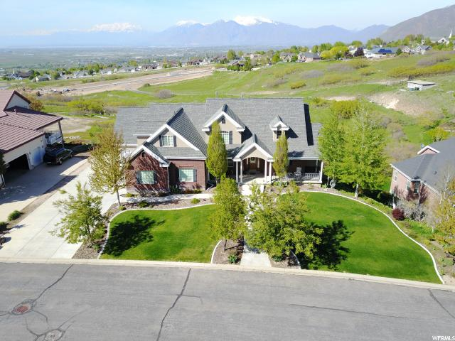 Single Family for Sale at 136 W COVE Drive 136 W COVE Drive Elk Ridge, Utah 84651 United States