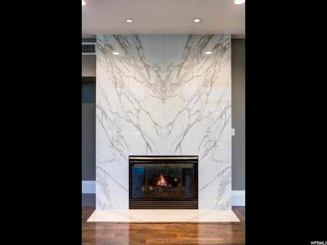 Additional photo for property listing at 99 W SOUTH TEMPLE Street 99 W SOUTH TEMPLE Street Unit: 2705 Salt Lake City, Utah 84101 États-Unis