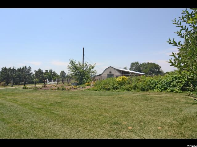 Additional photo for property listing at 2675 N 850 E 2675 N 850 E North Ogden, 犹他州 84414 美国