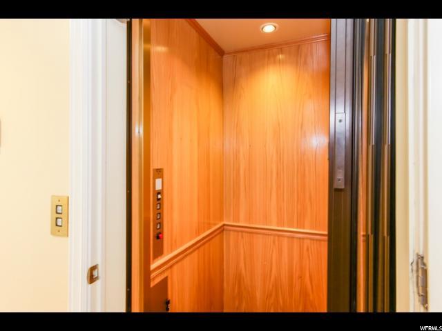 1 EAGLEWOOD LN Sandy, UT 84092 - MLS #: 1451901