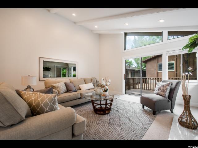 Additional photo for property listing at 3655 OAKRIM WAY 3655 OAKRIM WAY Salt Lake City, Utah 84109 Estados Unidos