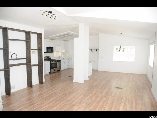 Additional photo for property listing at 310 W 100 S 310 W 100 S Gunnison, 犹他州 84634 美国