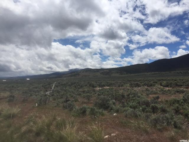 Additional photo for property listing at 300 W 100 S 300 W 100 S Koosharem, Utah 84744 États-Unis