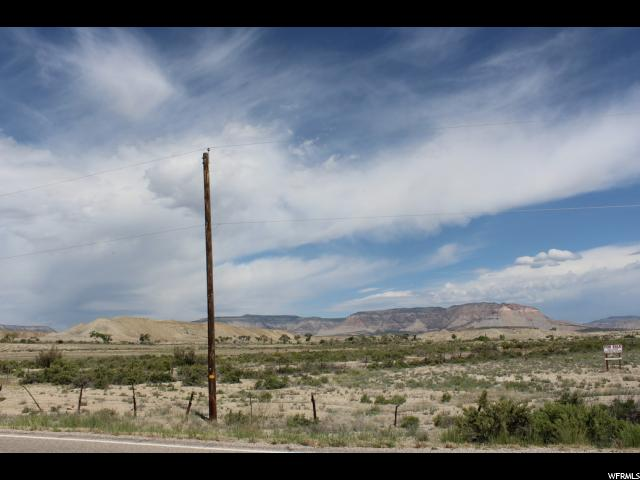 Additional photo for property listing at 925 E STATE ROAD 29 925 E STATE ROAD 29 Castle Dale, Utah 84513 Estados Unidos
