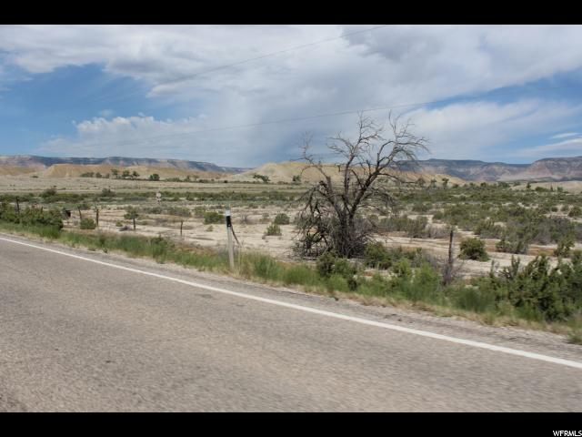 Additional photo for property listing at 925 E STATE ROAD 29 925 E STATE ROAD 29 Castle Dale, Utah 84513 États-Unis