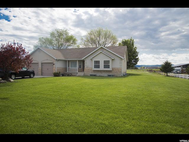 单亲家庭 为 销售 在 401 S 50 E Hyde Park, 犹他州 84318 美国