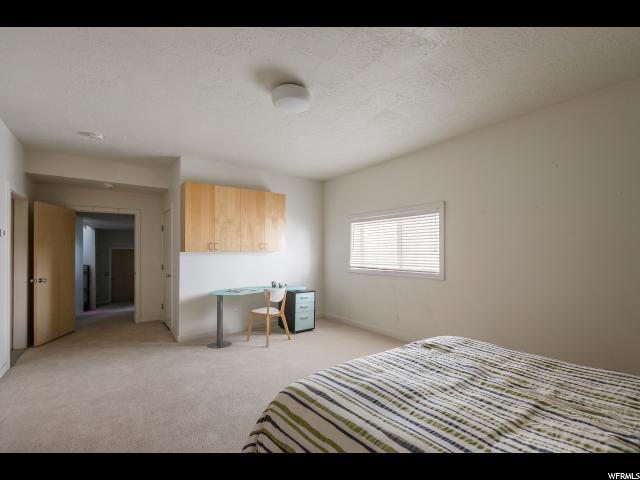 2093 S LAKELINE DR Salt Lake City, UT 84109 - MLS #: 1452517