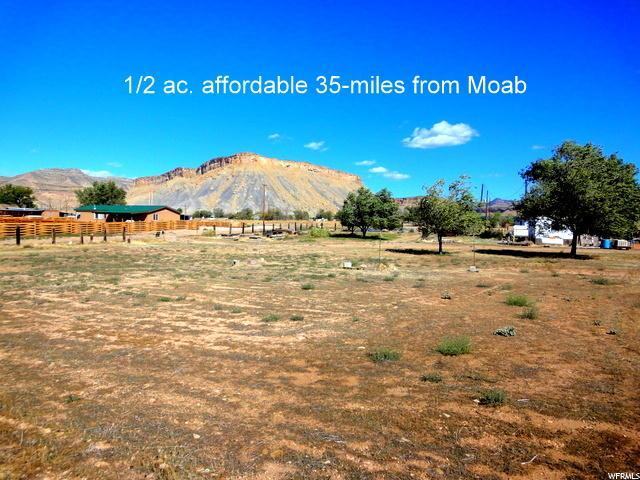 Terrain pour l Vente à 161 E NUTTER Street 161 E NUTTER Street Thompson, Utah 84540 États-Unis