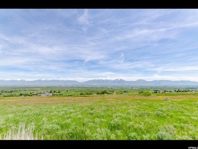 Terrain pour l Vente à 1900 S 6200 W Mendon, Utah 84325 États-Unis