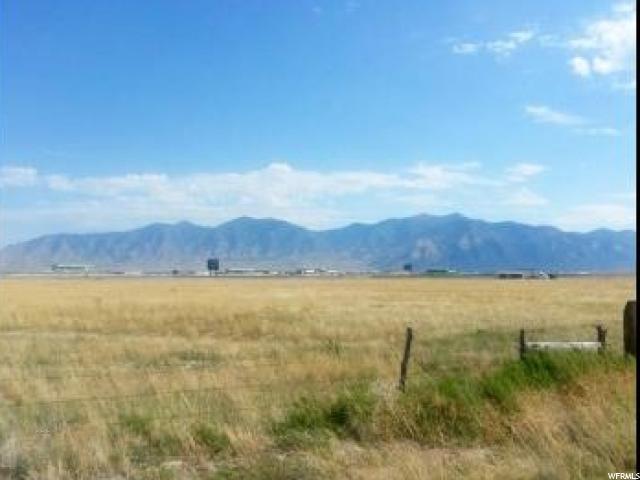 Terrain pour l Vente à 3100 E UT 112 N 3100 E UT 112 N Grantsville, Utah 84029 États-Unis