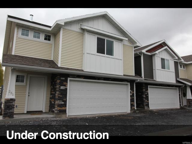 Maison accolée pour l Vente à 279 W 20 N Hyrum, Utah 84319 États-Unis