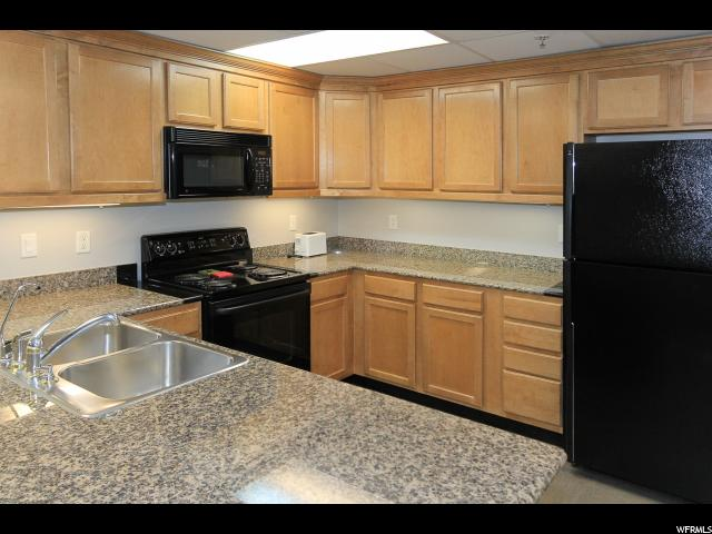 3075 E KENNEDY DR Unit 203 Salt Lake City, UT 84108 - MLS #: 1453859