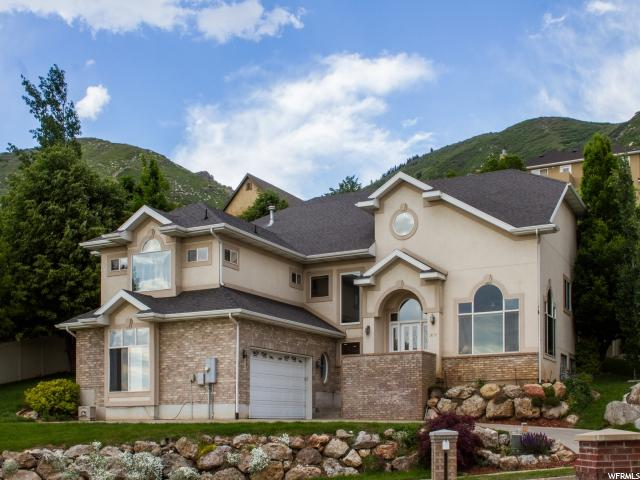 Один семья для того Продажа на 1474 CARRINGTON Lane Centerville, Юта 84014 Соединенные Штаты
