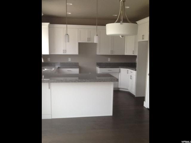 Additional photo for property listing at 5108 N STRATFORD Drive 5108 N STRATFORD Drive Unit: 210 Stansbury Park, Utah 84074 États-Unis