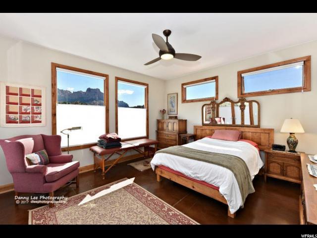 Additional photo for property listing at 2907 ZUNI Circle 2907 ZUNI Circle Springdale, Utah 84767 United States