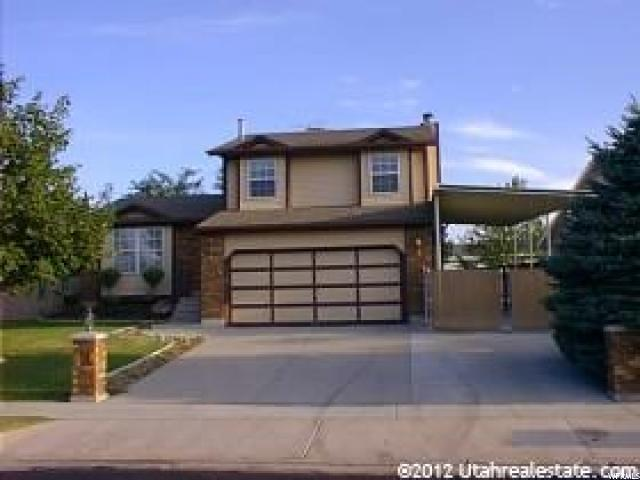 Single Family للـ Rent في 6079 W 3935 S Salt Lake City, Utah 84128 United States