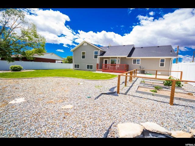 Additional photo for property listing at 2911 S 500 E 2911 S 500 E Vernal, Юта 84078 Соединенные Штаты
