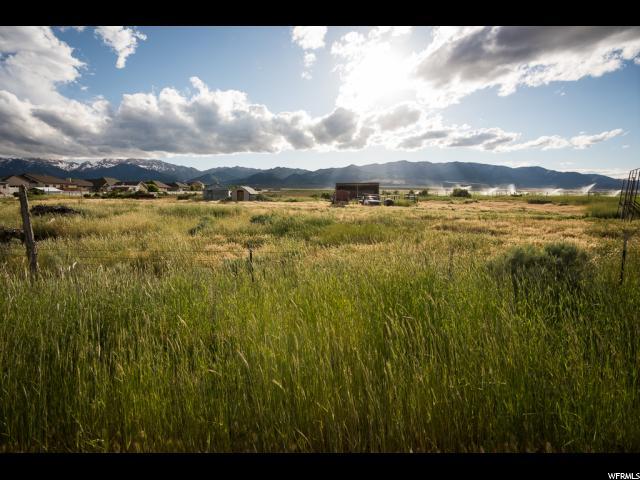 أراضي للـ Sale في 948 S QUIRK Street 948 S QUIRK Street Grantsville, Utah 84029 United States