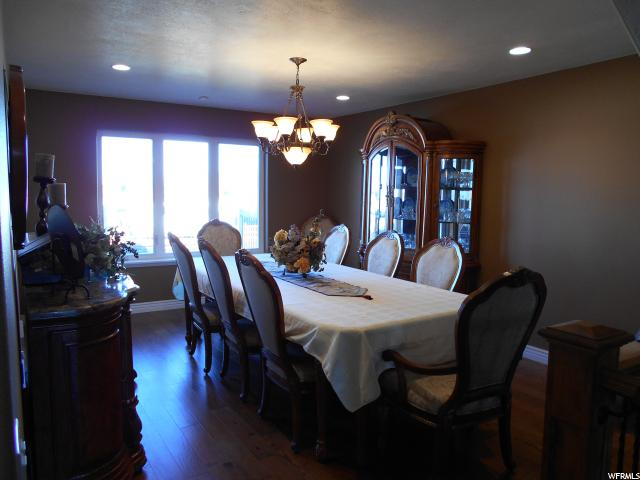 Additional photo for property listing at 489 W 6800 S 489 W 6800 S Hyrum, Utah 84319 États-Unis