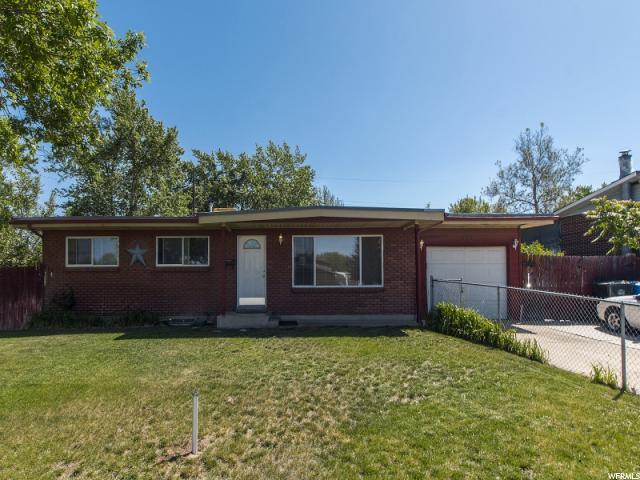 单亲家庭 为 销售 在 982 N 450 W Sunset, 犹他州 84015 美国