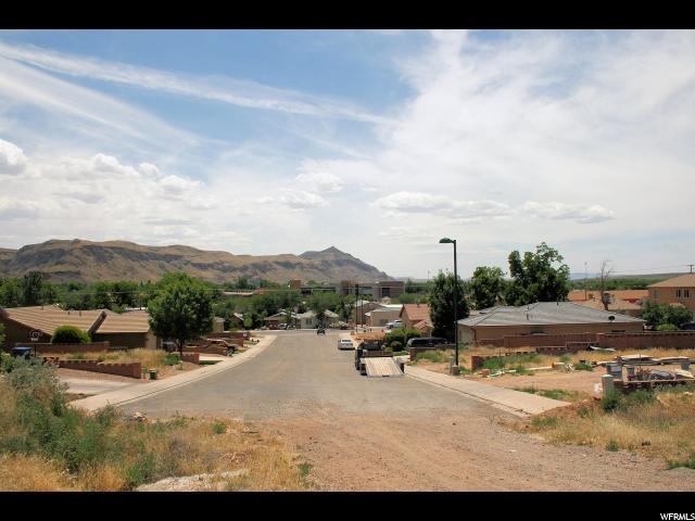 Additional photo for property listing at 130 N 400 W 130 N 400 W Hurricane, Utah 84737 United States