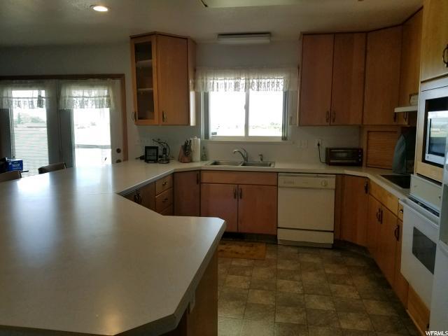 335 W CENTER ST Willard, UT 84340 - MLS #: 1455938