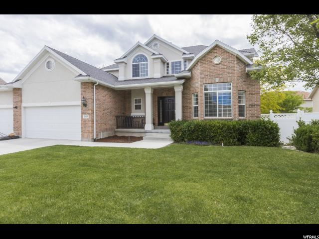 Single Family for Sale at 2853 W TABLE ROCK Drive Taylorsville, Utah 84129 United States