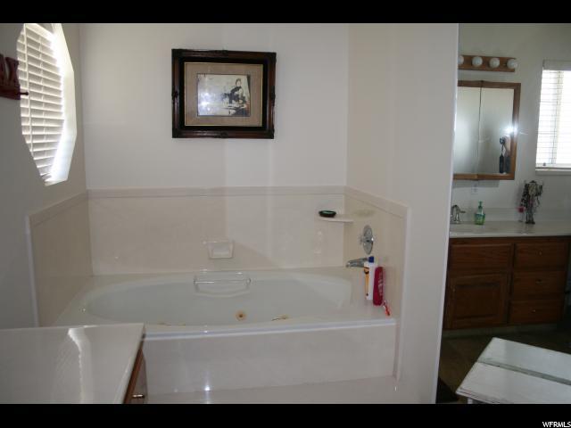 Additional photo for property listing at 17600 N 4250 E 17600 N 4250 E Moroni, Юта 84646 Соединенные Штаты