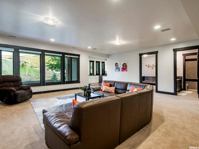 Additional photo for property listing at 552 N PIONEER FORK Road 552 N PIONEER FORK Road Salt Lake City, Utah 84108 United States