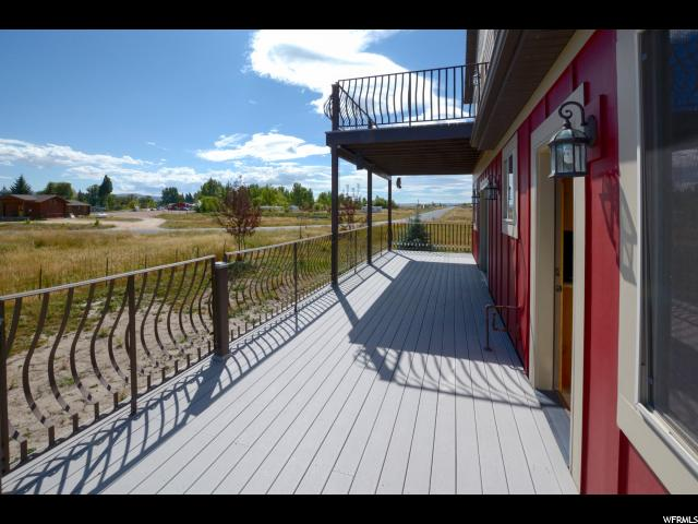 Additional photo for property listing at 616 N NORTH LOCHWOOD Drive 616 N NORTH LOCHWOOD Drive Garden City, Utah 84028 États-Unis