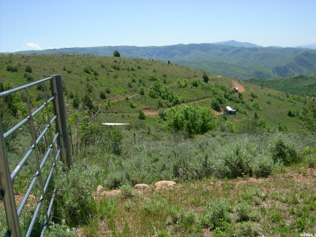 Additional photo for property listing at 3481 N OAK CANYON CYN 3481 N OAK CANYON CYN Huntsville, Utah 84317 United States
