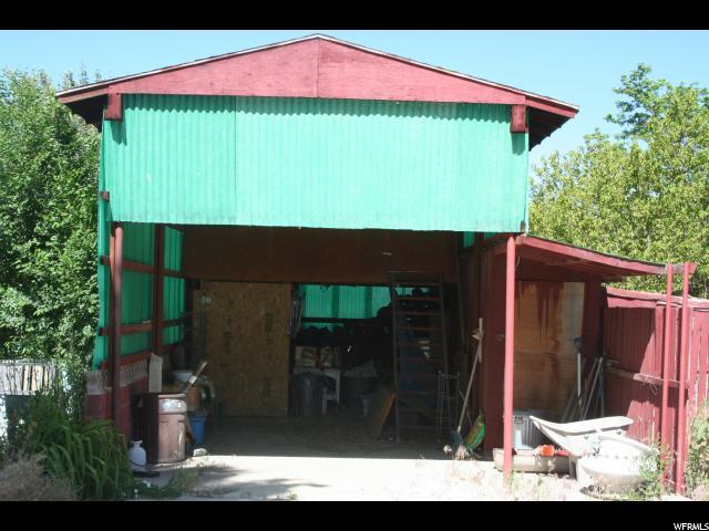 Additional photo for property listing at 4079 N 1900 W 4079 N 1900 W Spring Glen, Utah 84526 États-Unis