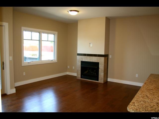 Additional photo for property listing at 1988 S 1100 E 1988 S 1100 E Unit: 204 Salt Lake City, Utah 84106 United States