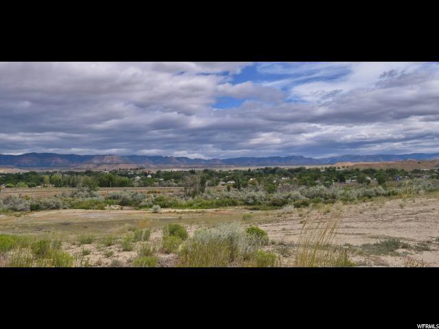 土地 为 销售 在 700 E RIVERSIDE Drive 700 E RIVERSIDE Drive Price, 犹他州 84501 美国
