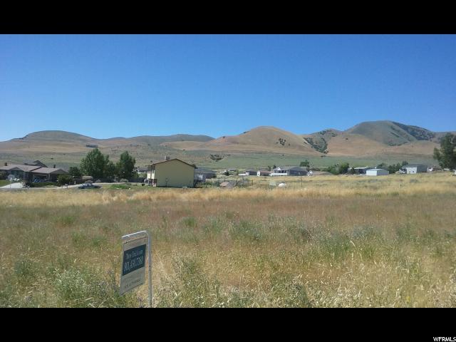 Terrain pour l Vente à 12455 EDNA WAY 12455 EDNA WAY Thatcher, Utah 84337 États-Unis