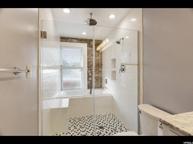 Additional photo for property listing at 217 S 800 E 217 S 800 E Salt Lake City, Юта 84102 Соединенные Штаты