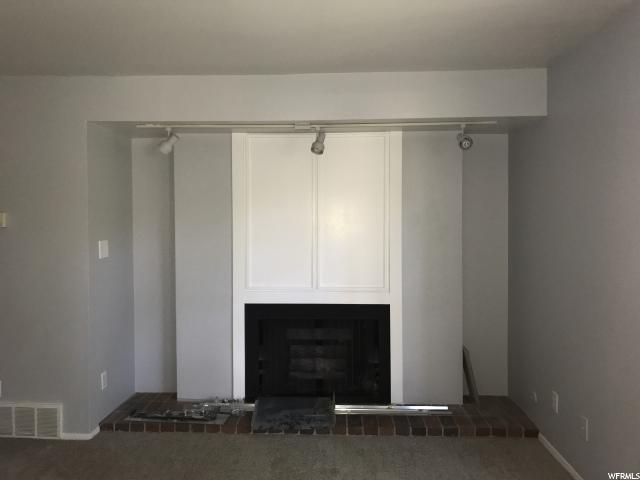 Additional photo for property listing at 5505 S WILLOW Lane 5505 S WILLOW Lane Unit: D Murray, Utah 84107 Estados Unidos