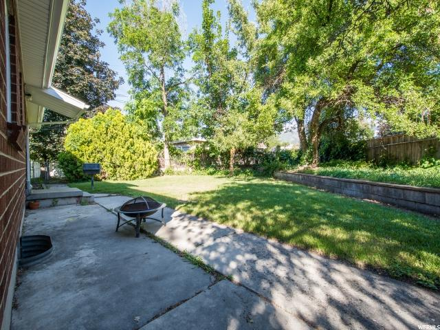 1702 E VILLAGE GREEN RD Cottonwood Heights, UT 84121 - MLS #: 1458952