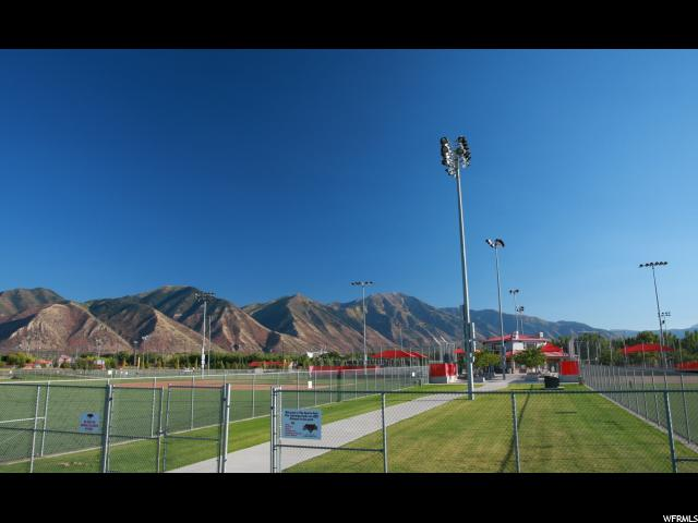 Additional photo for property listing at 696 S 220 W PVFL 696 S 220 W PVFL Unit: 17 Spanish Fork, 犹他州 84660 美国