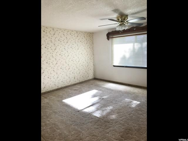 Additional photo for property listing at 3829 S VERNAL Avenue 3829 S VERNAL Avenue Vernal, 犹他州 84078 美国