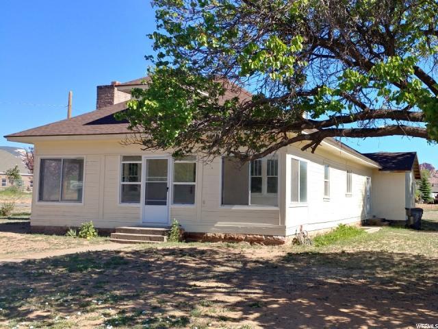 Single Family للـ Sale في 107 E MAIN Street Torrey, Utah 84775 United States