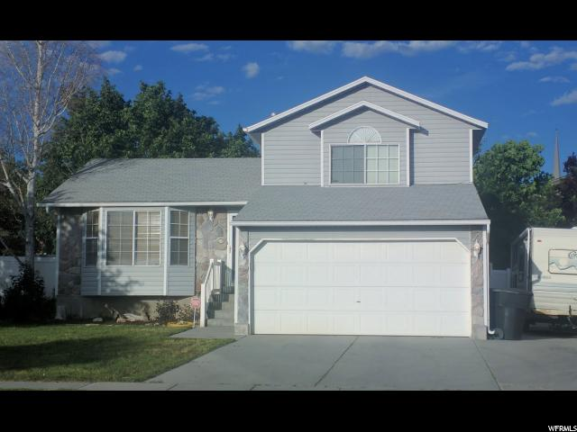Single Family للـ Sale في 5831 S FAR VISTA Drive Kearns, Utah 84118 United States